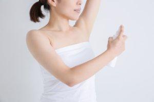 汗のにおいが気になって生還スプレーを過剰に使ってしまう妊婦さん