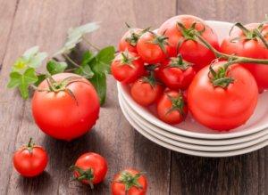 夏が旬のトマト